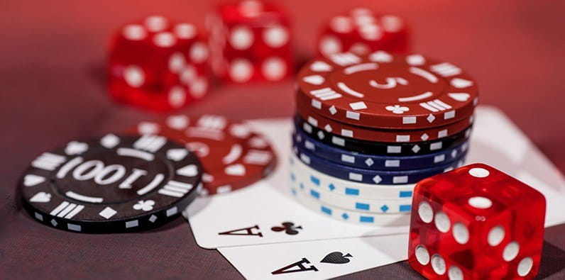 12 Tips Profesional untuk Menggertak dalam Judi Poker